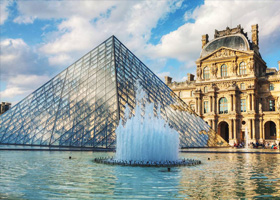 پرواز به paris-louvre